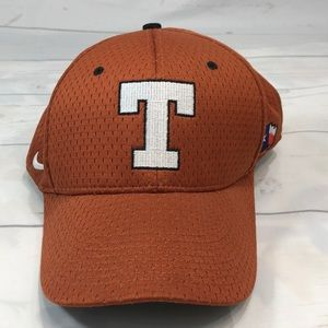 USED Mens Nike 7 5/8 Texas Longhorns orange Cap